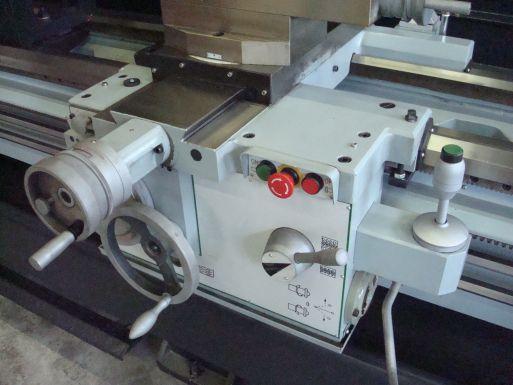 Huvema HU 660x3000 - Draaibank