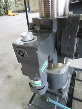 Huvema HU 50 ZTI - Kolomboormachine
